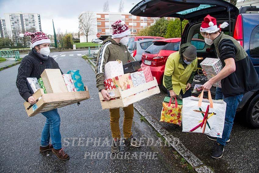 Solidarité pendant les fêtes de fin d'année : Soupe de l'amitié et repas festifs distribués à Vannes par Les Cuisiniers Solidaires !
